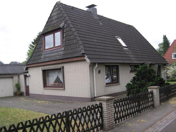 meyer gmbh einfamilienhaus in bremen habenhausen verkauft. Black Bedroom Furniture Sets. Home Design Ideas